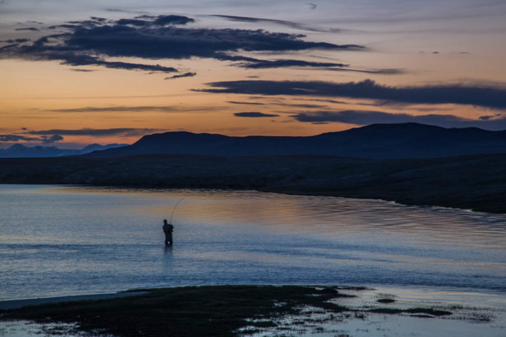 7. Озеро даян на закате