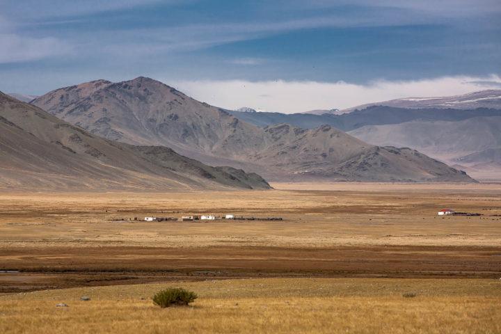8. Монголия