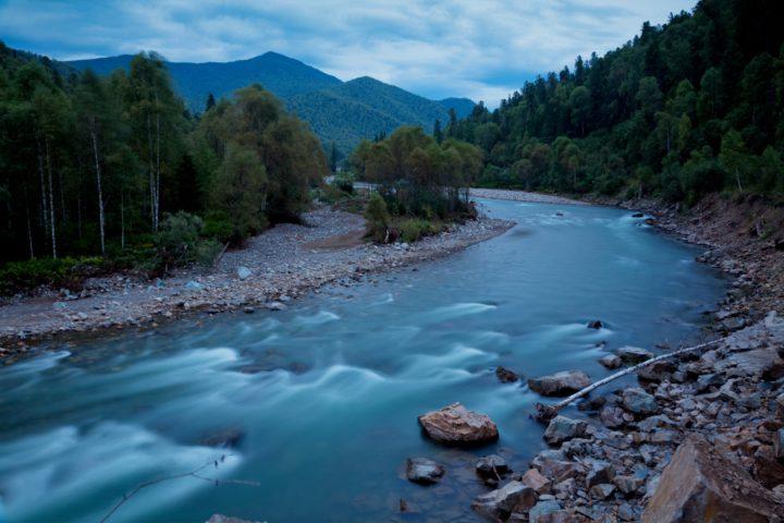 1. Вечер на таёжной реке