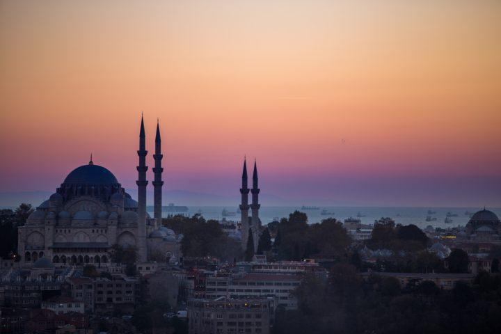 2. Закат над Стамбулом