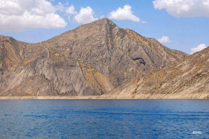 4. Нурекское водохранилище. Фотография Акмала Усманова