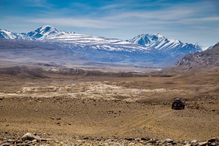 Село Бельтир и Южно-Чуйский хребет
