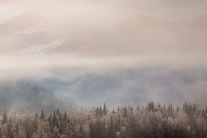 3. Утренний туман в горах