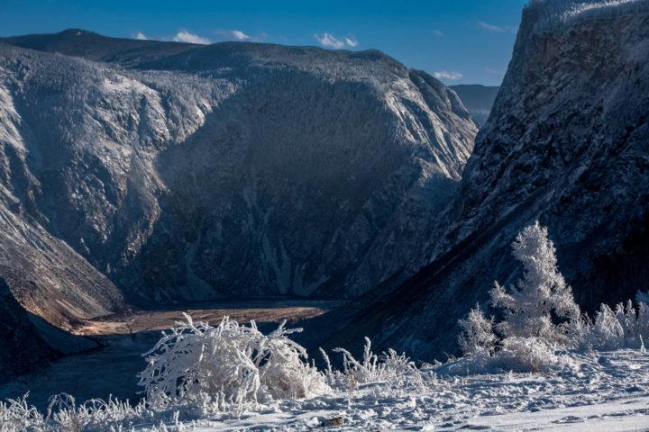 4. Перевал Катуярык и иней на деревьях