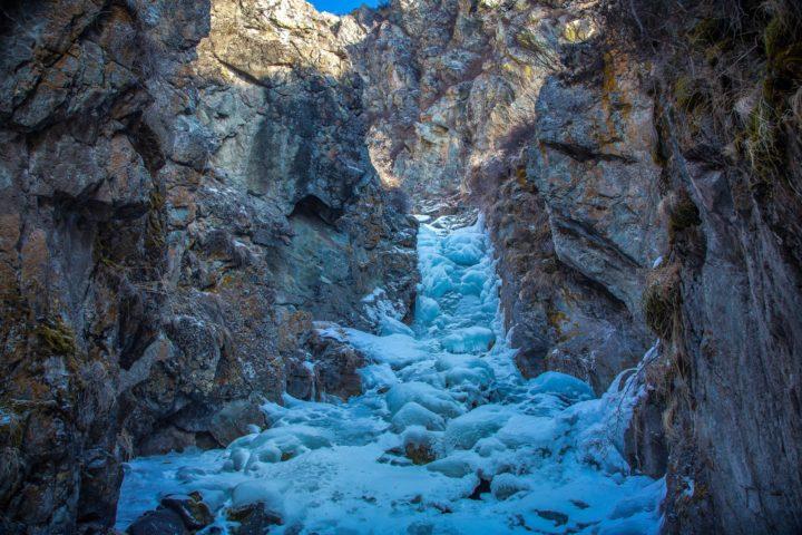 4. Замерзший водопад