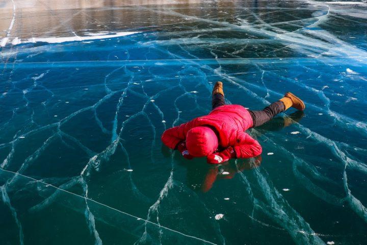 1. Заглянуть в глубину Байкала