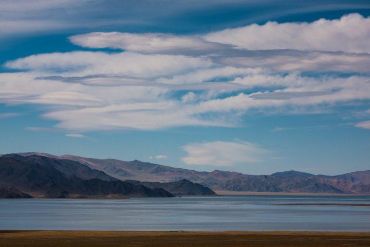 2. озеро Толбо-нуур