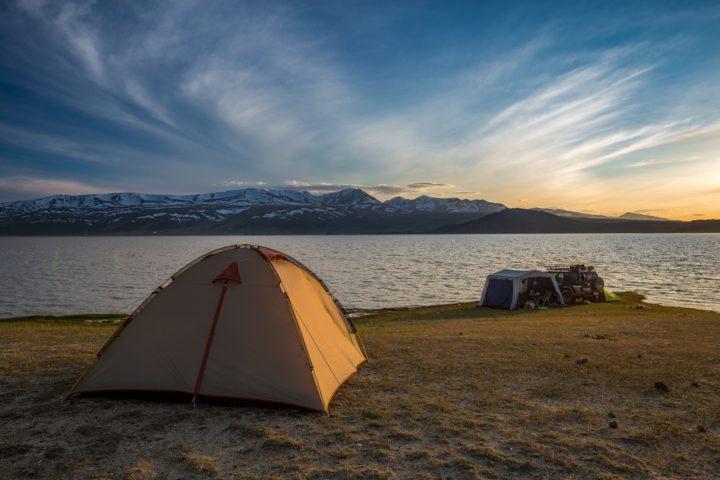Проживание палатка
