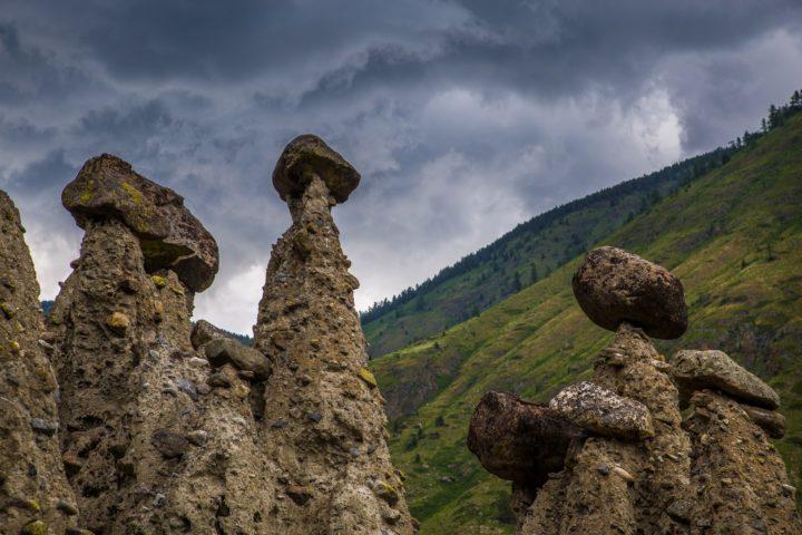 2. Каменные грибы в долине чулышмана