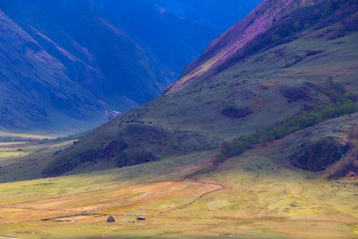 2. По долине чулышмана