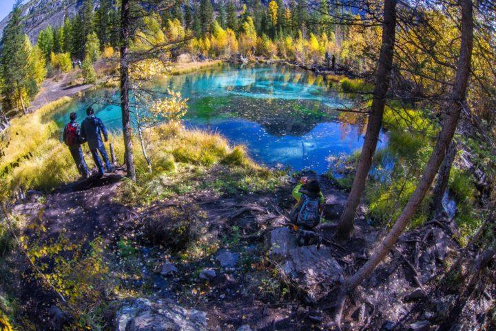 4. Гейзерное озеро туры по Алтаю
